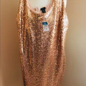 NWT, Rue+ 2X Gold Sequin Short Dress